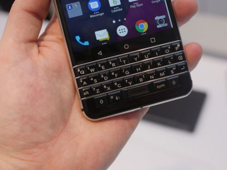 #MWC2017: BlackBerry Mercury y el regreso de los teclados físicos