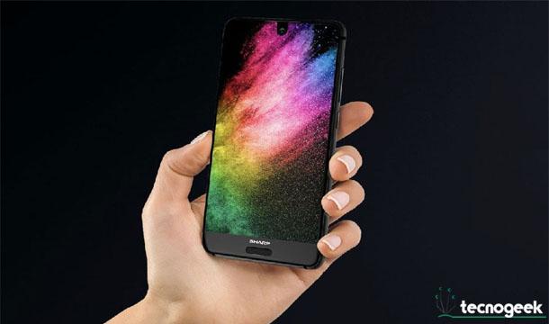 Sharp Aquos 2: es oficial el móvil japones sin marcos