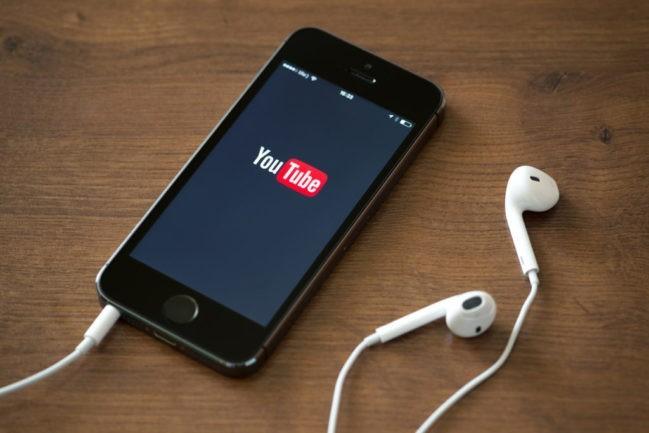 Cómo escuchar música en YouTube para Android con la pantalla apagada